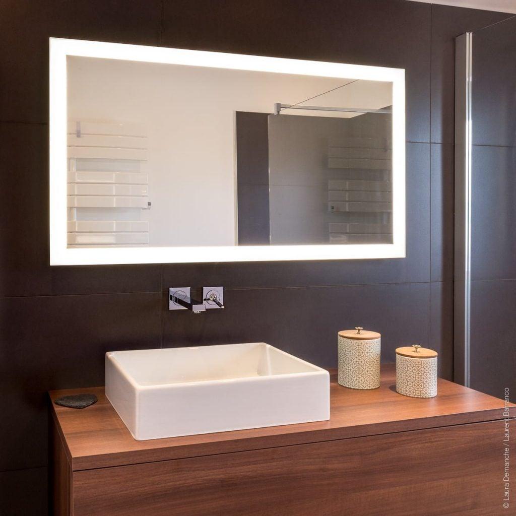 Salle de bains Contemporain et Epuré